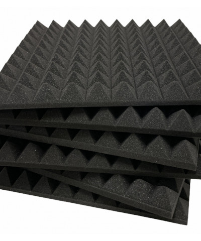 Pannelli fonoassorbenti piramidali per sala prove